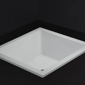 Bồn tắm vuông CAESAR AT7135
